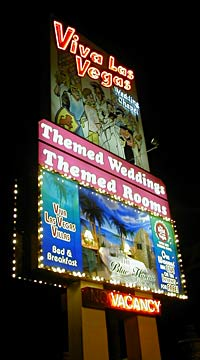 The Blinky Sign for Viva Las Vegas Villas